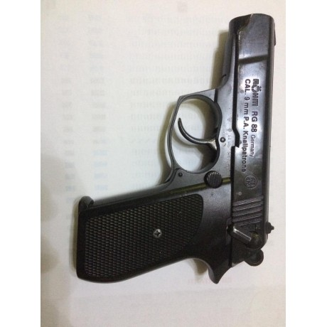 Vand Pistol cu gaz marca Rohm 9mm