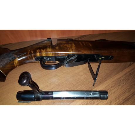 Carabina Weatherby cal 243 WIN , luneta Bushnell Elite, stare impecabila