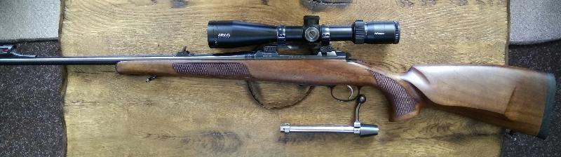 Carabina CZ 557