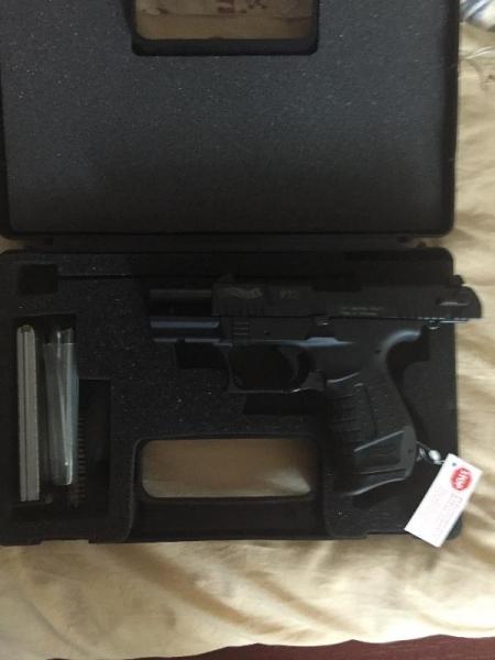Vand pistol letal Walther P22